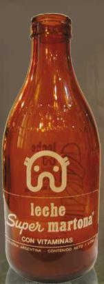 Botella de leche 'Súper' de La Martona - Mausoleo de Marcas Corporate